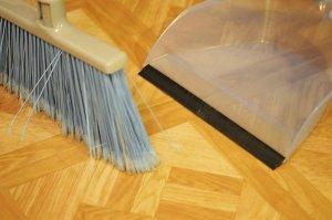 How to Repair Lifting Edges On Vinyl Tile